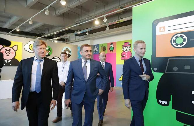 Дюмин и Шелков подписали соглашение о сотрудничестве Тульской области и Фонда