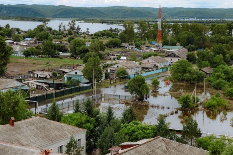 Василий Орлов встретился с амурчанами из пострадавших от наводнения населенных пунктов