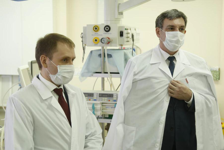 Амурский губернатор поручил выделить средства на квартиры для 13 врачей