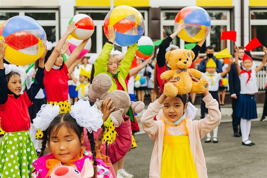 В посёлке Бурятии открылась новая школа на 450 мест