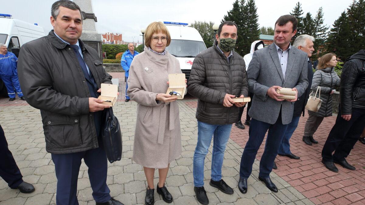 Томские медики получили новые автомобили скорой помощи