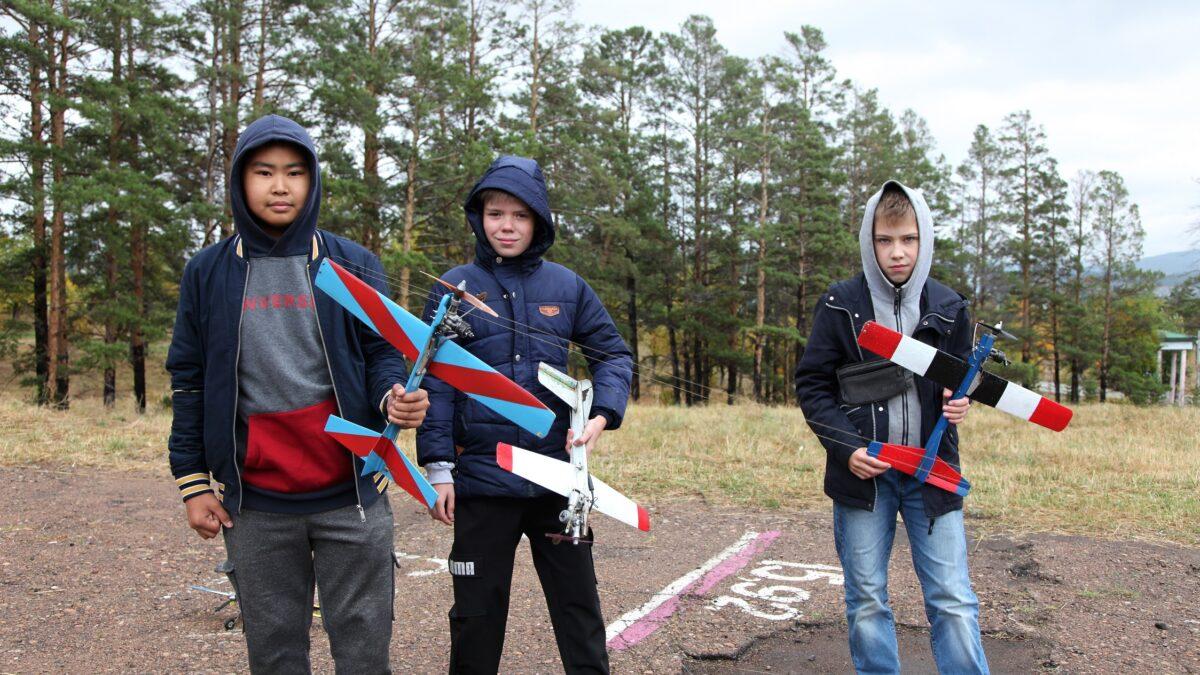 На улан-удэнском авиазаводе прошли соревнования по авиамоделизму