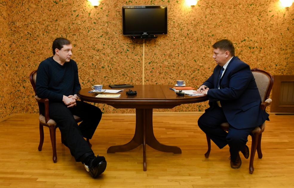 Смоленский губернатор отметил положительную динамику в инвестиционной сфере и промышленном производстве